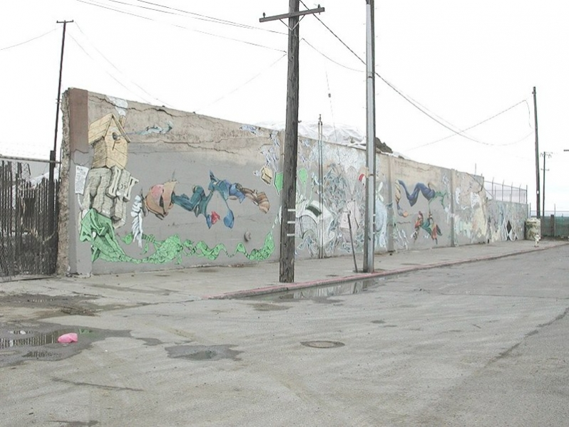 http://aaronnoble.net/files/gimgs/th-10_China Basin mural with Andrew Schoultz 2001.jpg